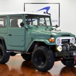 1973-toyota-land-cruiser-4x4- fj40-frame-off-green-rare-restoration-b