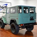 1973-toyota-land-cruiser-4x4- fj40-frame-off-green-rare-restoration-g