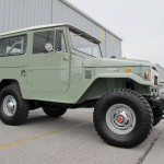 toyota-land-cruiser-fj40-1970-4x4-rare-clean-frame-off-restoration-green-japan-e