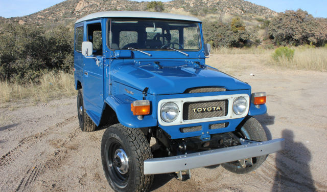 1980 fj40 blue toyota Land Cruiser e