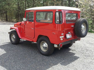 1971 Toyota Land Cruiser FJ40 RED JAPAN B
