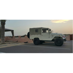 1975 Toyota Land Cruiser FJ43 soft top A